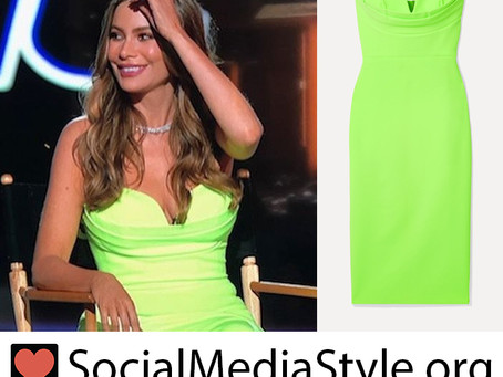 Sofia Vergara's strapless neon green dress