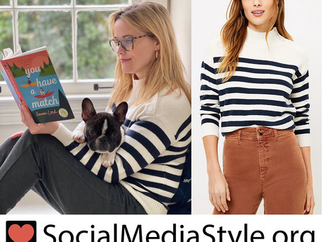 Reese Witherspoon's striped sweater