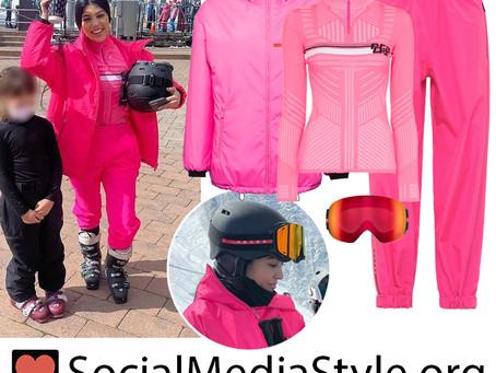 Kourtney Kardashian's pink ski outfit