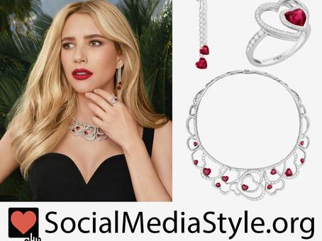 Emma Roberts' heart jewelry