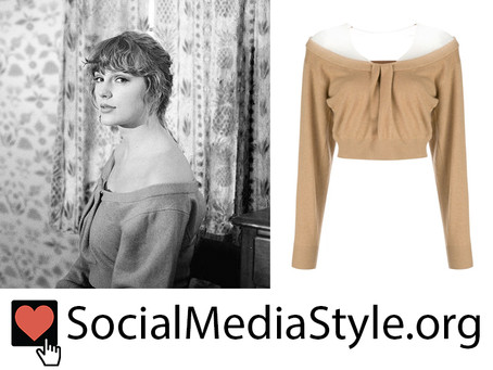 Taylor Swift's off-the-shoulder sweater