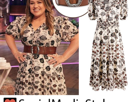 Kelly Clarkson's cream floral print dress and brown belt from The Kelly Clarkson Show