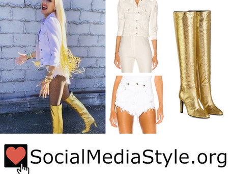 Gwen Stefani's white denim jacket and shorts and gold boots from the 2020 ACM Awards