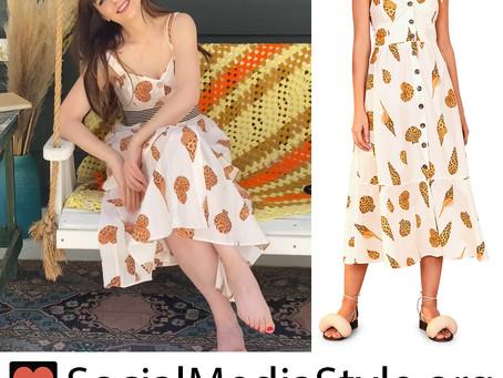 Zooey Deschanel's leopard shell print dress