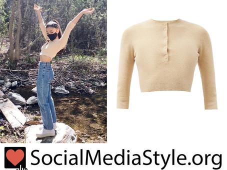 Ariana Grande's beige cropped henley top