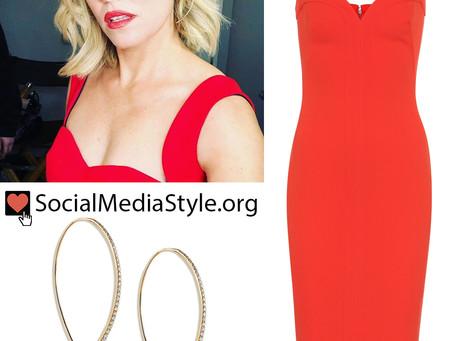 Elizabeth Banks' twisted diamond hoop earrings and red dress