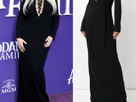 """Christina Aguilera's black lace up dress from the premiere of """"The Addams Family"""""""