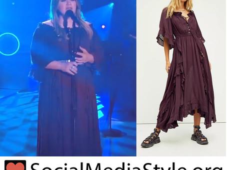 Kelly Clarkson's purple maxi dress from The Kelly Clarkson Show