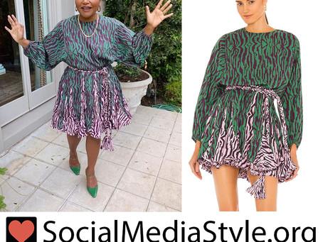 Mindy Kaling's colorful zebra print dress