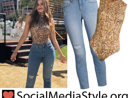 Sofia Vergara's snake print bodysuit and distressed skinny jeans