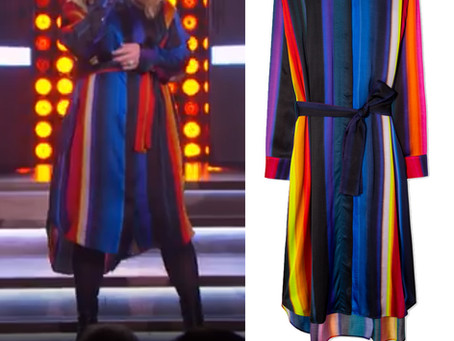 Kelly Clarkson's striped shirt dress from The Kelly Clarkson Show