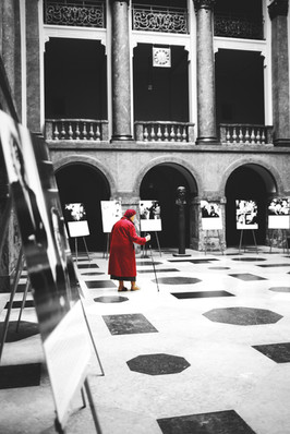 Polen - lady in red