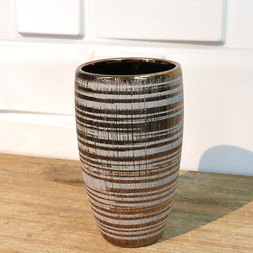 Base dorada de cerámica