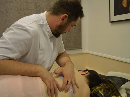 Osteopath, Physiotherapist, Chiropractor - What's the difference?