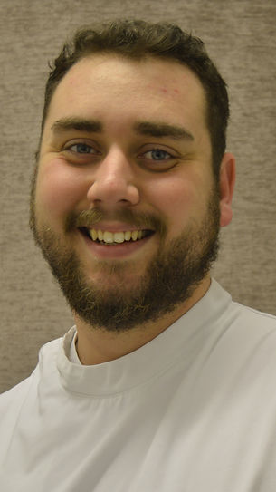 Lee Thompson Osteopath. Osteopath in Northampton. Osteopathy. Sports Massage. Acupuncture.