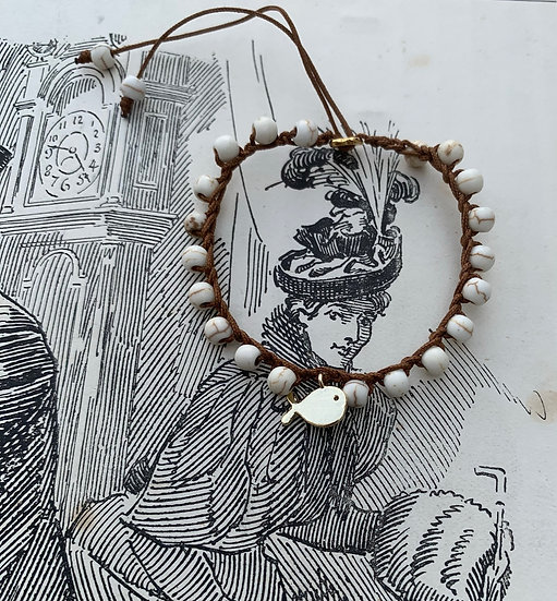 pulseira ajustável handmade BALEIA/BRANCA