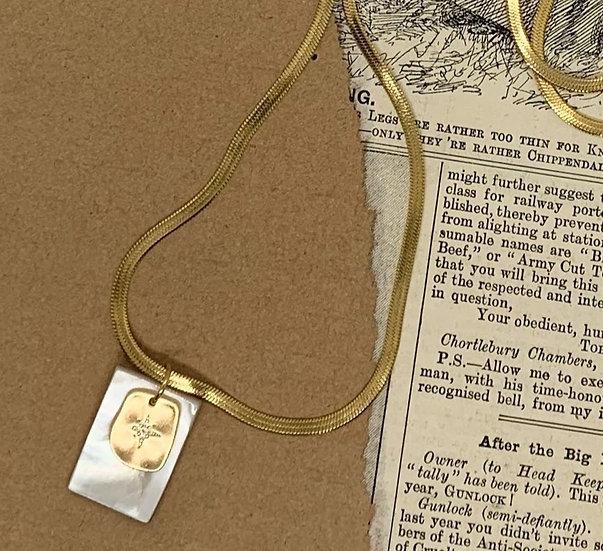 colar RITA/MADREPÉROLA-fio aço malha achatada medalha rita&madrepérola