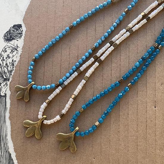 colar NAZARÉ/ajustável ágatas verde água- cauda de peixe bronze