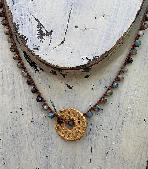 Colar Curto Ajustável-Crochet- Pedras azuladas -Donuts Picotado