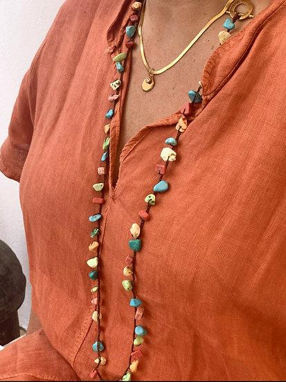 colar comprido handmade  fio de seda pedras naturais fecho de aço