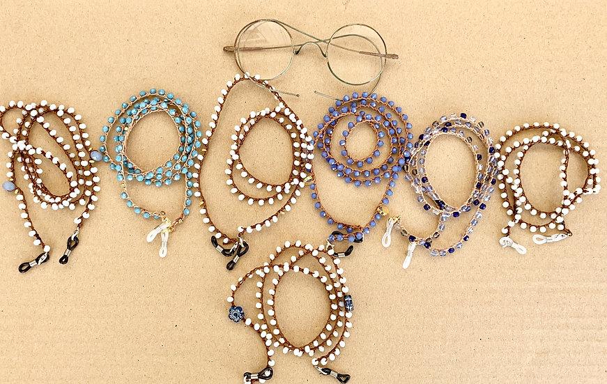 fios de óculos handmade  com várias cores e pormenores
