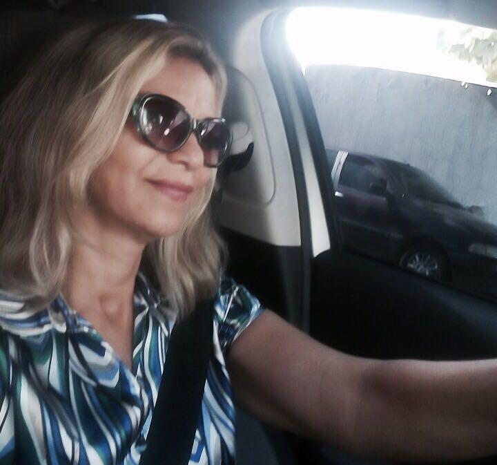 Jacinta Barbosa é motorista de Uber e possui habilitação há 32 anos (Foto:Reprodução/Internet)
