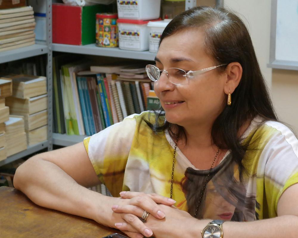 Ana Cláudia é formada em Engenharia Civil, migrou para a licenciatura em Matemática em 1997