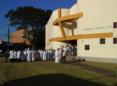 Comunidade Cristo Rei recebe mais de 600 pessoas em noite de ordenação diaconal, em Charqueadas