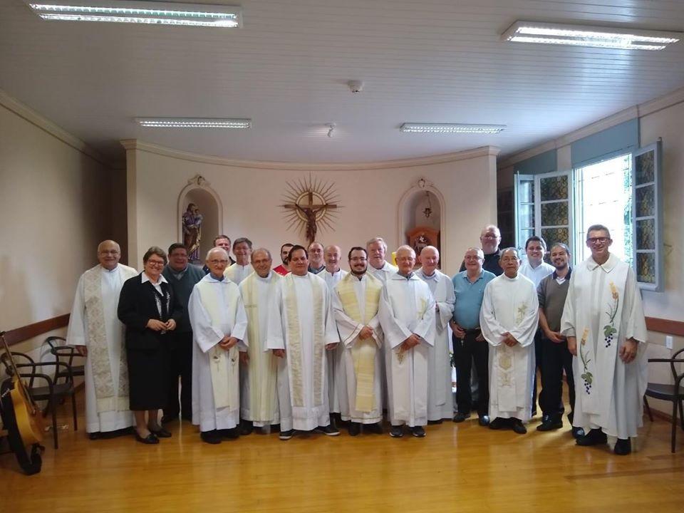 Retiro de Integração Humano-Espiritual para Presbíteros no Cecrei (Centro de Espiritualidade Cristo Rei), em São Leopoldo, em abril.