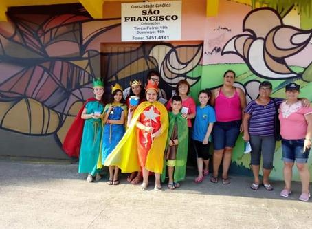 Projeto Pequenos Reis Magos envolve crianças da Arquidiocese em visitas às comunidades