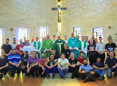 Seminaristas de Viamão retomam atividades com visita do arcebispo Dom Jaime Spengler
