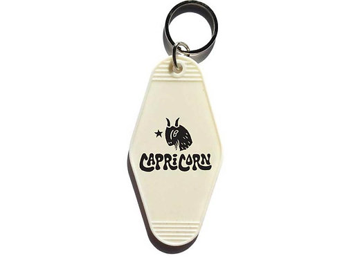 THREE potato FOUR Astrology KEYTAG Capricorn やぎ座