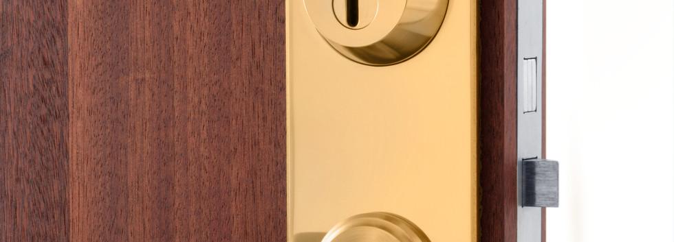No Access låssystem ytbehandlad i 24-karats guld