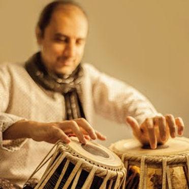 Tabla lernen mit Lehrer aus Indien in der Schweiz