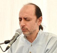 Manish Vyas sings Gayatri Mantra