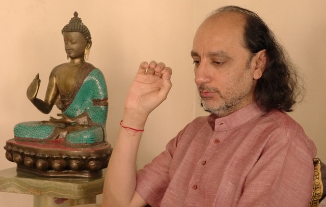 Manish Vyas explains the science of Mantra