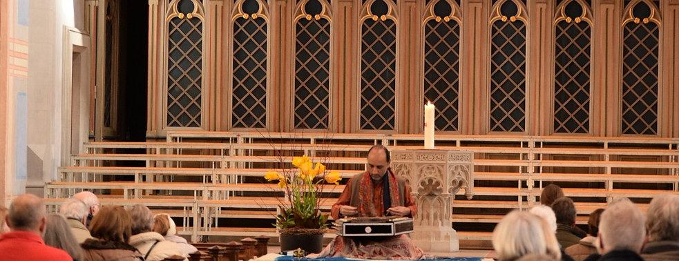 Santoor with Manish Vyas in St. Laurenzen St. Gallen