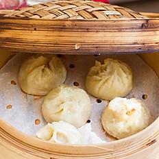 5. Ravioli di carne a vapore/Steamed Pork Dumplings/鲜肉小笼包