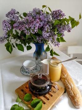Tea, Flowers & Honey by Lia @lia.shafikova