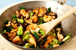 stir-fry-prawns-with-mushroom-and-broccoli