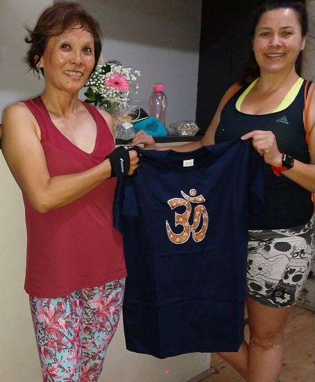 Ganhadora da camiseta da Índia