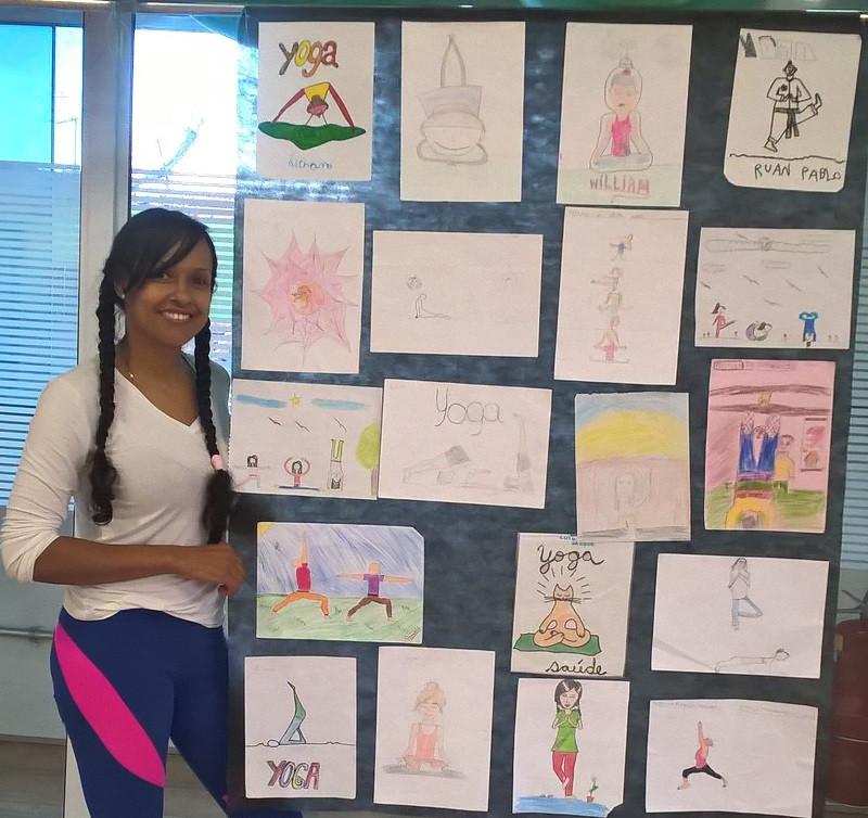 Desenhos de yoga de alunos