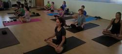Prática de yoga sábado