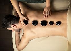 04. Masaje con piedras calientes.jpg