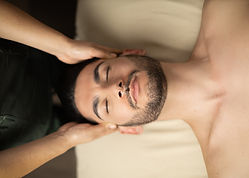 06. Masaje en cabeza y rostro.jpg