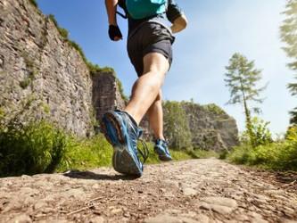 Musculação complementa o treino de corrida e auxilia busca pela boa forma