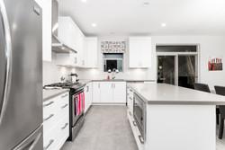 025 Kitchen_DSC00998