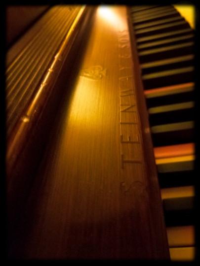 Stienway Piano