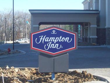 Hampton Inn Monument Sign