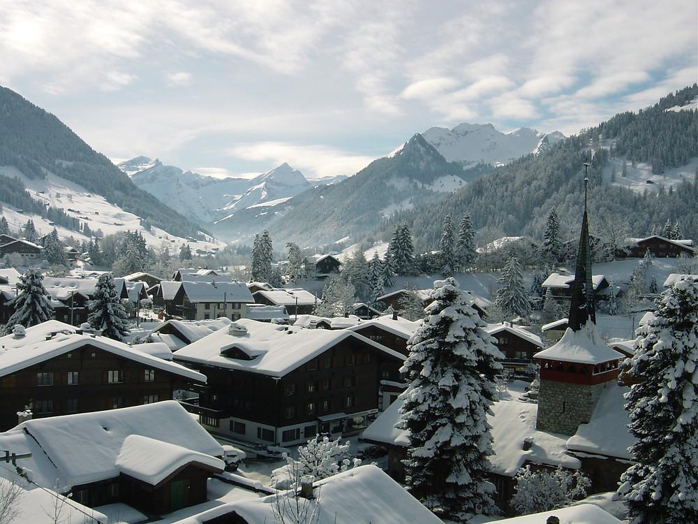 pueblo alpes suizos